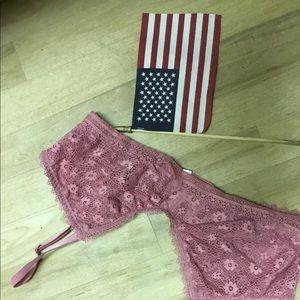 Victoria secret new lacy bra, LG will fit 34